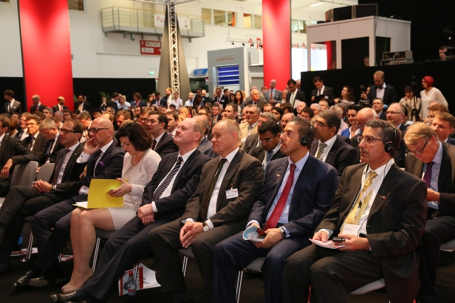 Bahrain Business Delegation Attends Munich's Transport Logistics Exhibition